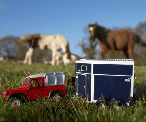 Britains Land Rover & Horse Set
