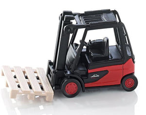 A mini Linde fork lift truc...