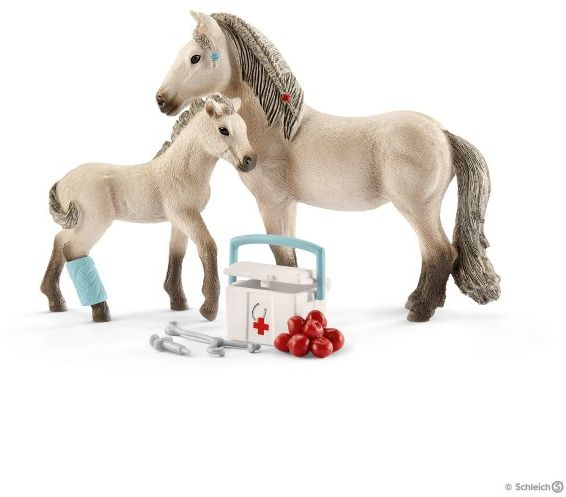 Horse Club Hannah's First Aid Kit (Schleich) [42430]
