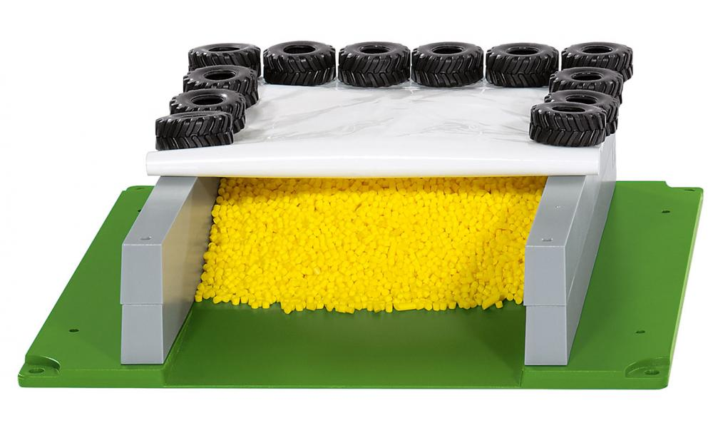 Silage Clamp with Cover, Tyres & Cover (Siku) [5606]