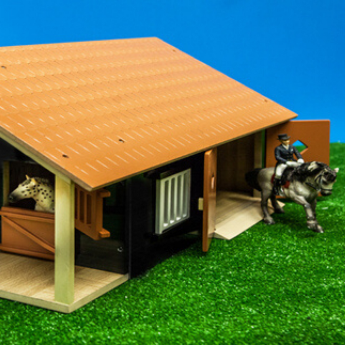 Kids Globe Horse Stable with Boxes & Workshop