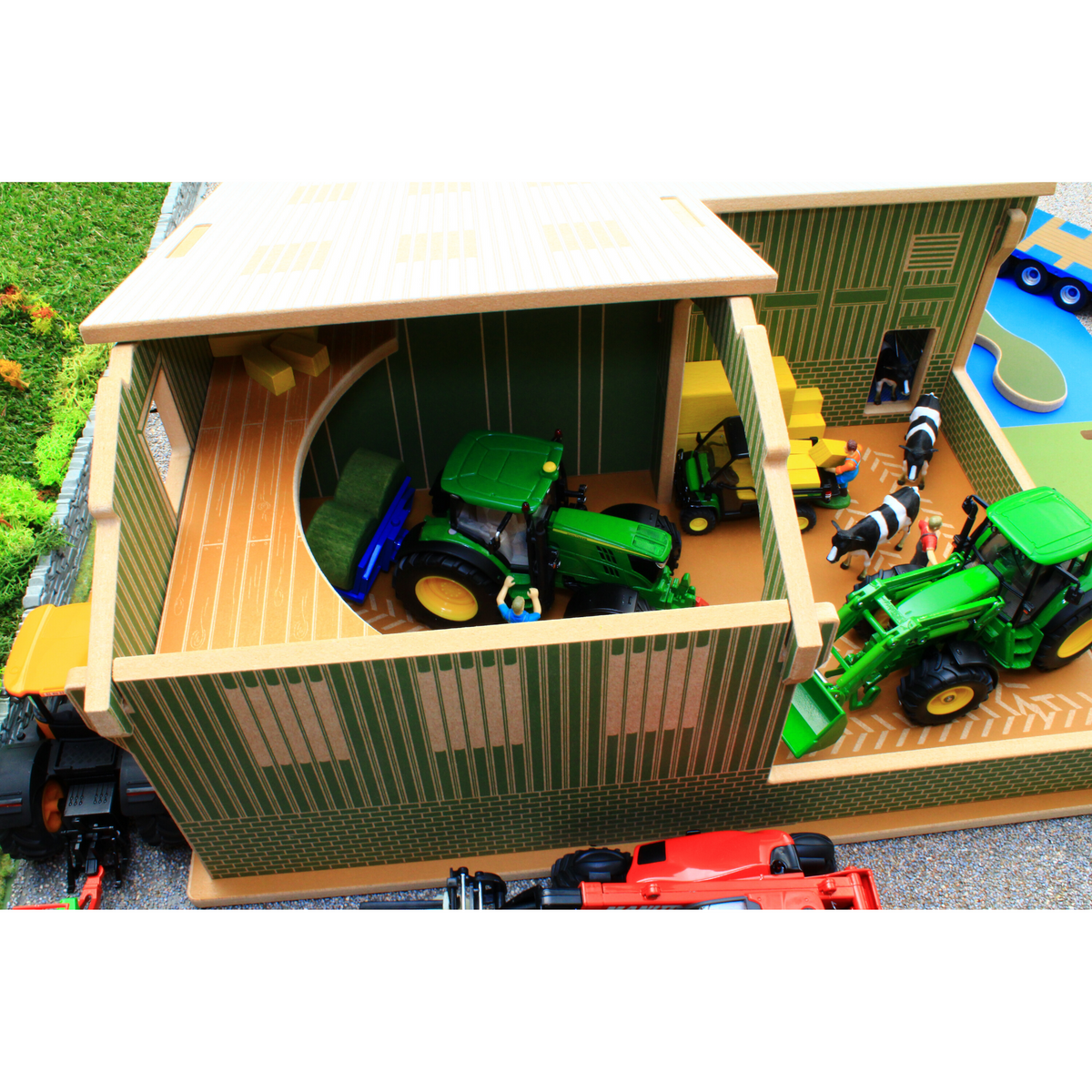 Brushwood BT8850 My First Farm Wooden Building