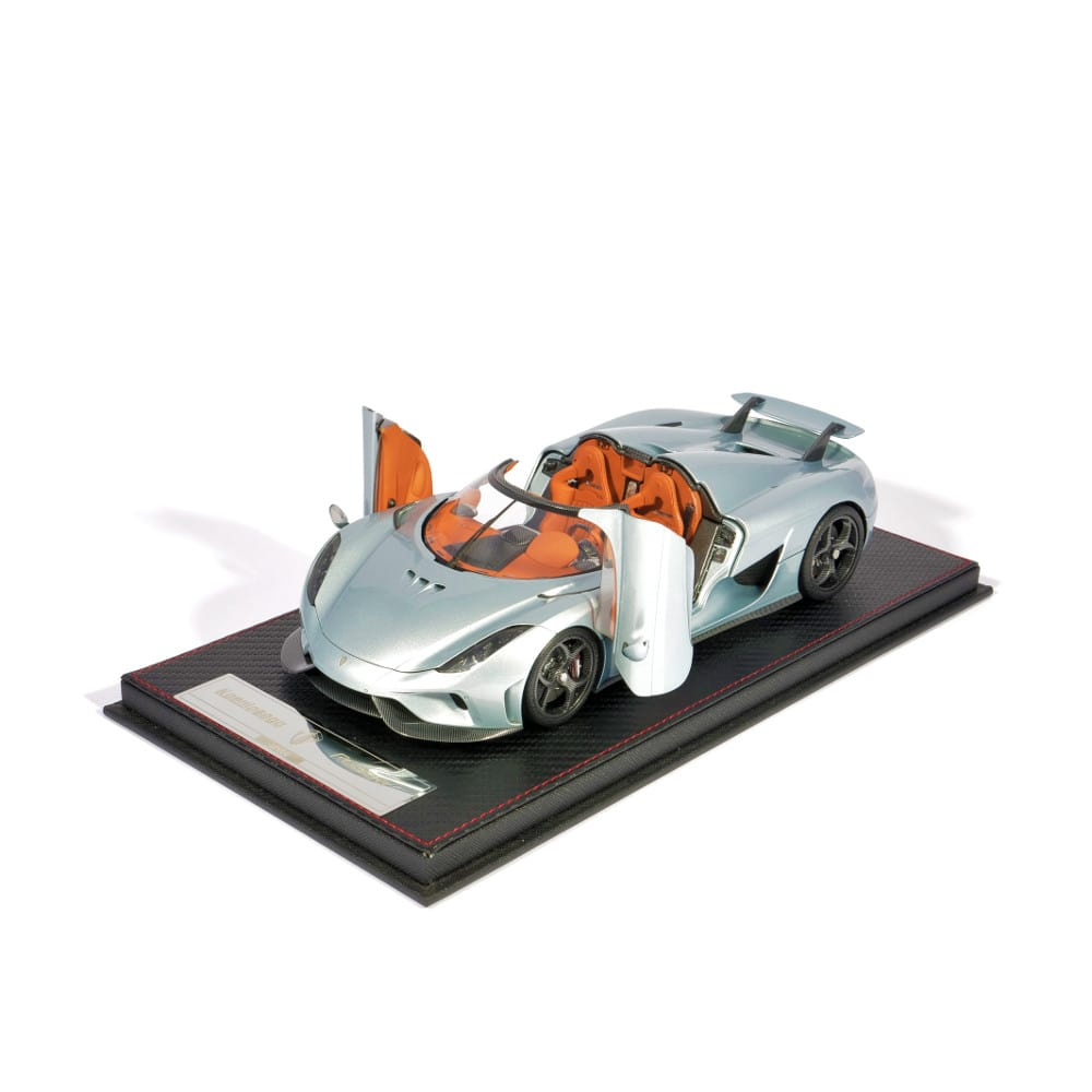 Regera Horizon Blue Openable 1:18