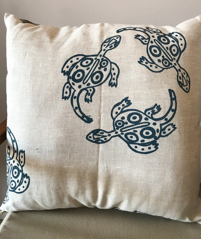 Linen cushion-Nita Williams: Lizard Circle