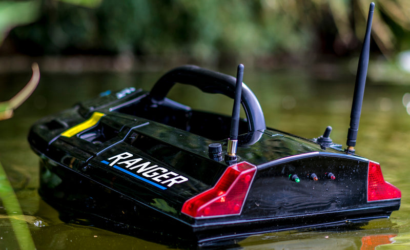 Carpology Take A Look At The Cult Ranger Bait Boat