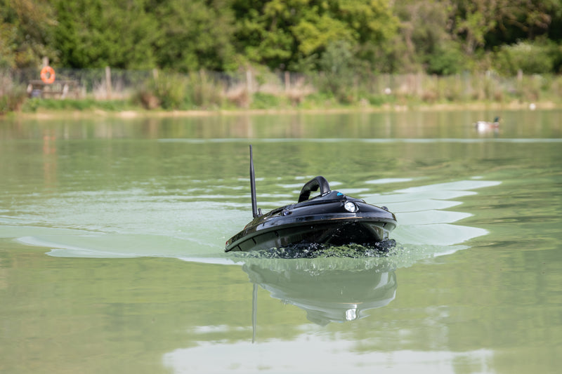 CarpFeed get their hands on a Cult Ranger Bait Boat