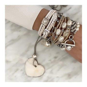 PEARLES STACK AND HEART NECKLACE