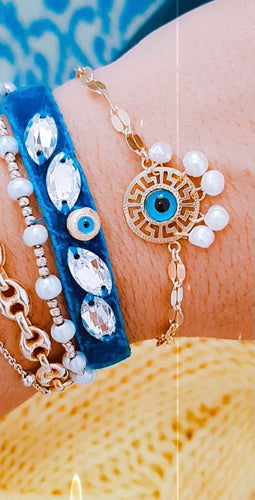 Gold evil eye with pearl