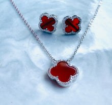 Load image into Gallery viewer, Sterling silver clover necklace and earring set