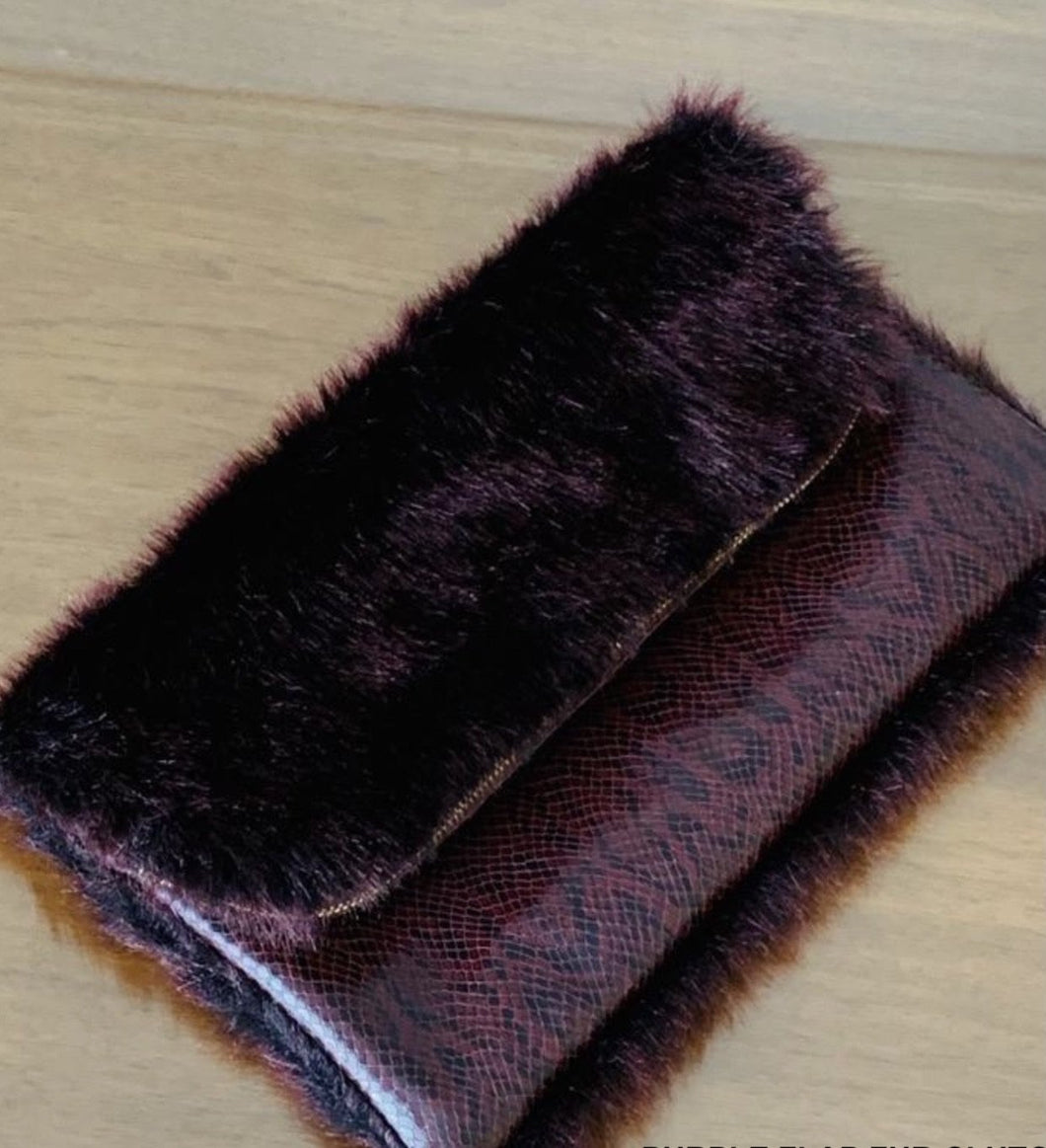 PURPLE FLAP FUR CLUTCH
