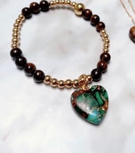Load image into Gallery viewer, Gemstone Bracelet with hanging heart