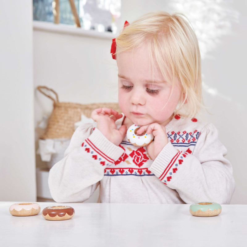 Le Toy Van - Honeybake Wooden Doughnut Set