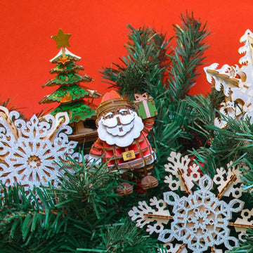 Kigumi - Santa Claus Plywood Puzzle (coloured)