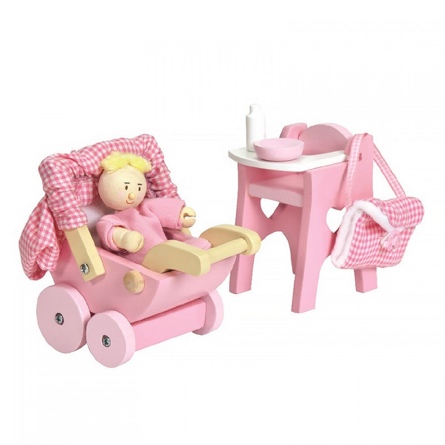 Le Toy Van Daisylane Wooden Nursery Set & Baby