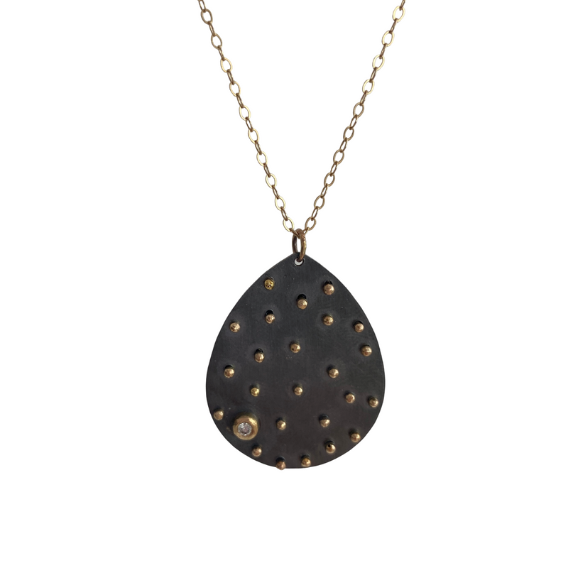Diamond Scattered Dot Leaf Necklace
