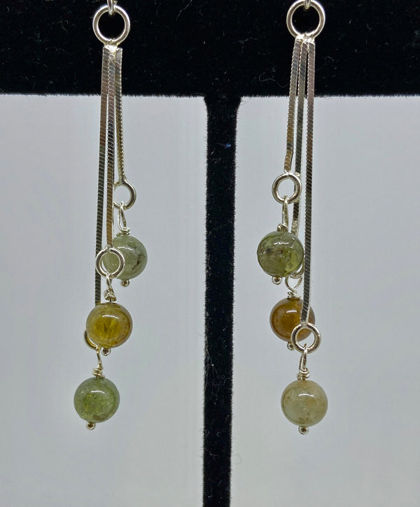 Dangle earrings of sterling silver chain and semi-precious stones