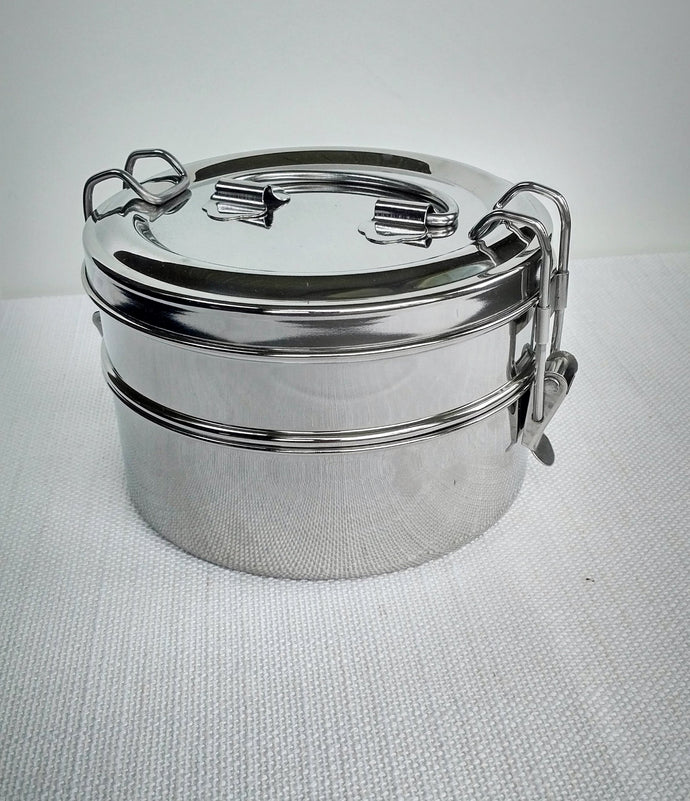 Round stainless steel tiffin lunchbox