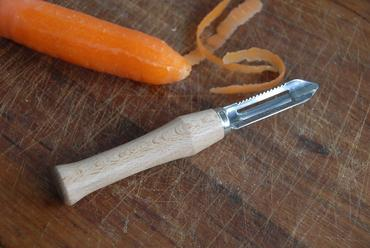 Vegetable Peeler