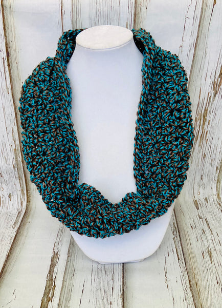 Teal Twist Cowl