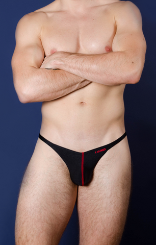 Comfy Thong Black - 4 Hunks