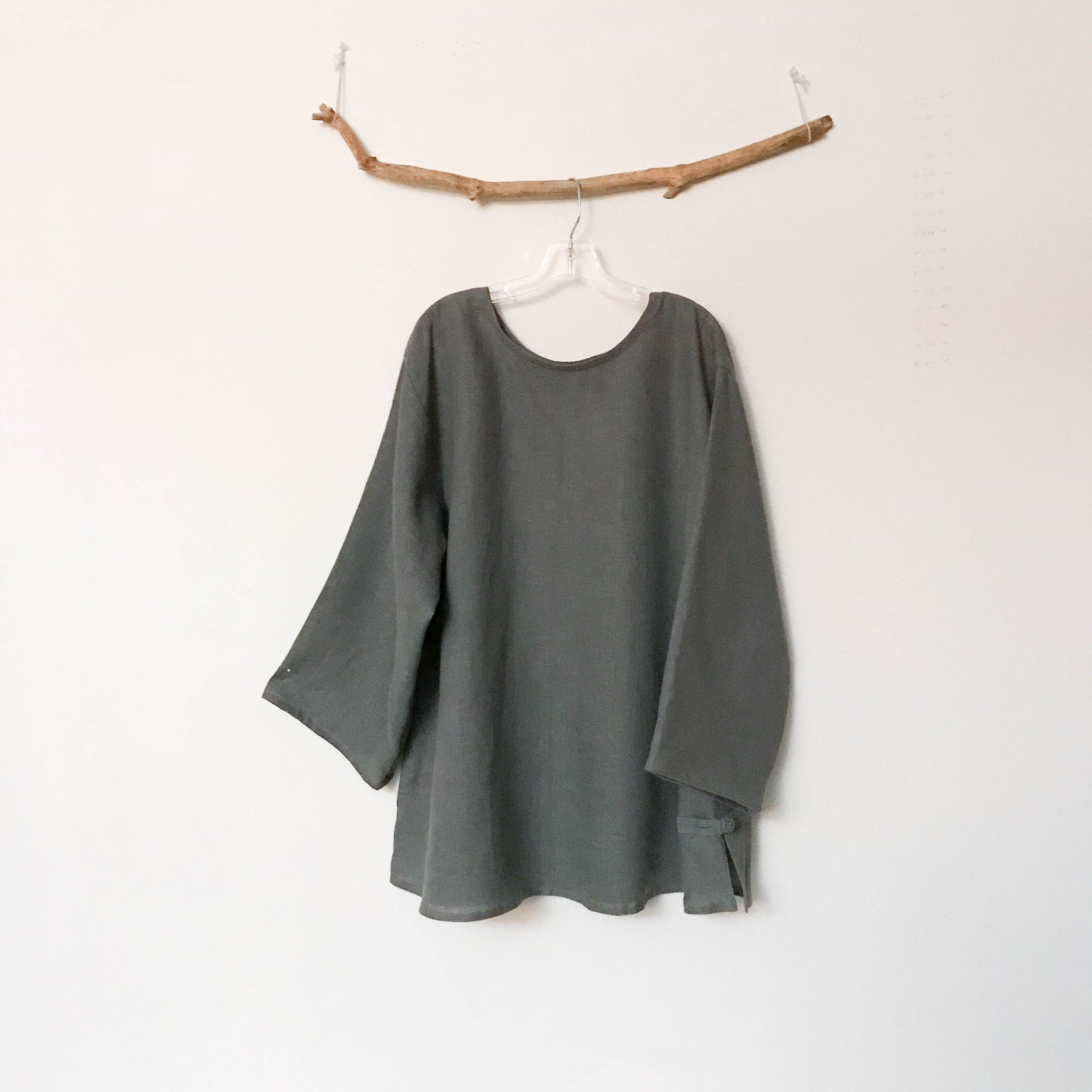 custom linen Asian style blouse with rounded neckline - linen clothing by anny
