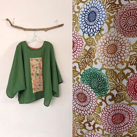 oversized Kelly green linen top with vintage kimono panel ready to wear / kimono linen top