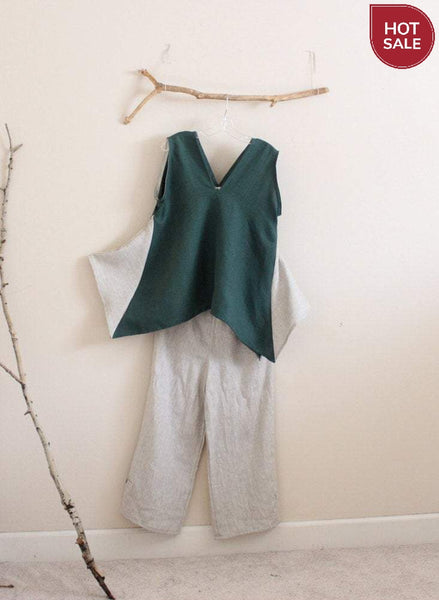 Free US Shipping / emerald pebble linen origami seam flare top size M
