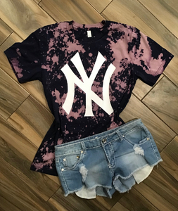 New York Yankees Distressed Tee