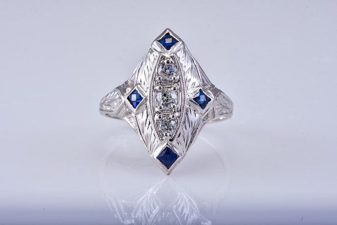 Art Deco White Gold Diamond & Sapphire Ring