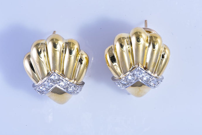 18Kt yellow gold shell style diamond earrings