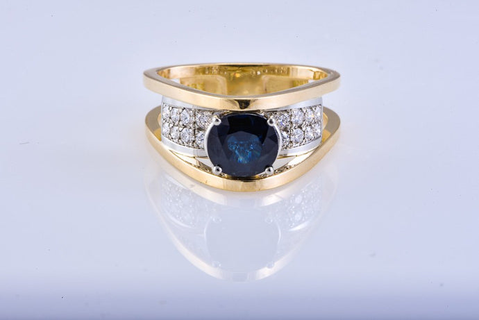 Estate Yellow Gold Sapphire & Diamond Ring
