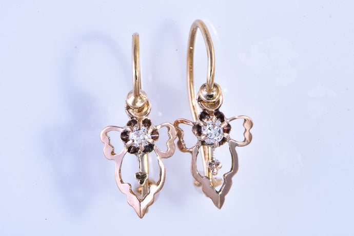 Estate 10Kt yellow gold floral design pierced earrings