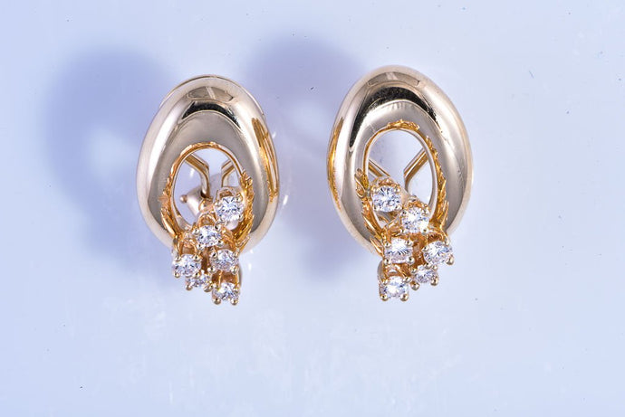 14Kt yellow gold oval dangle with diamond earrings