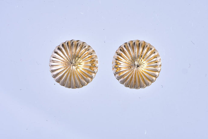 14Kt yellow gold dome earrings pierced