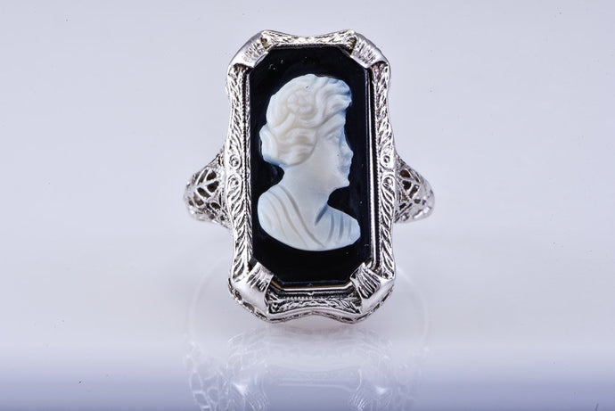 Art Deco White Gold & Black Cameo Ring
