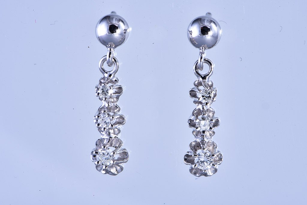 14Kt white gold diamond dangle pierced earrings