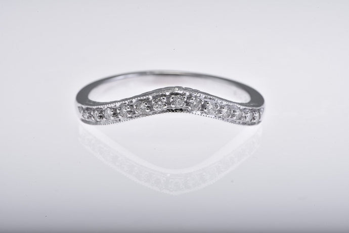 14Kt white gold curved engraved diamond band