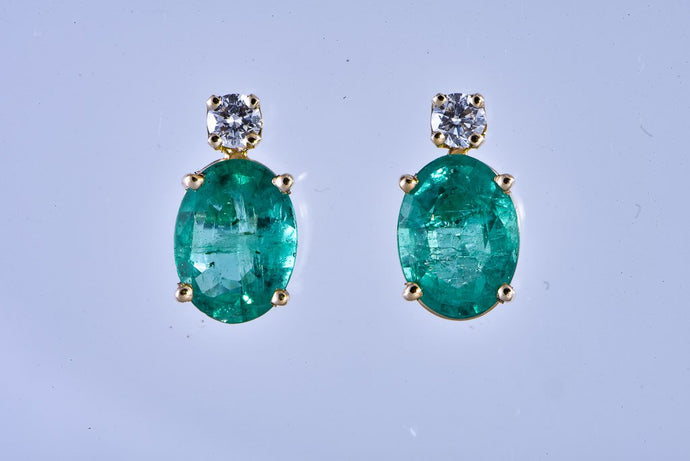 14Kt yellow gold Oval Emerald with Diamond Stud Earrings
