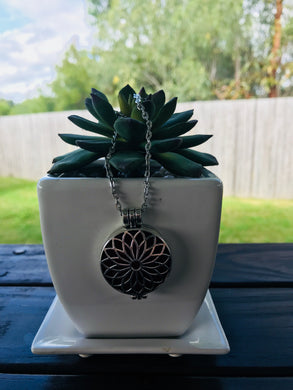 Antique Silver Flower Hollow Locket Diffuser Necklace
