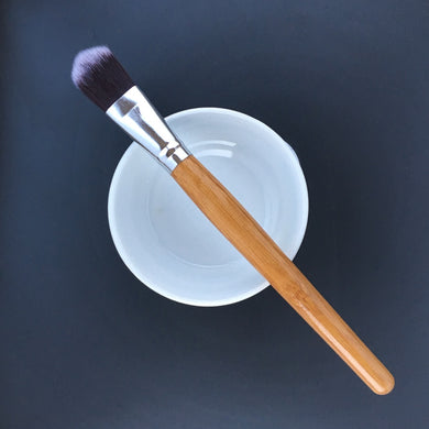 Mixing And Application Brush For Clay Mask