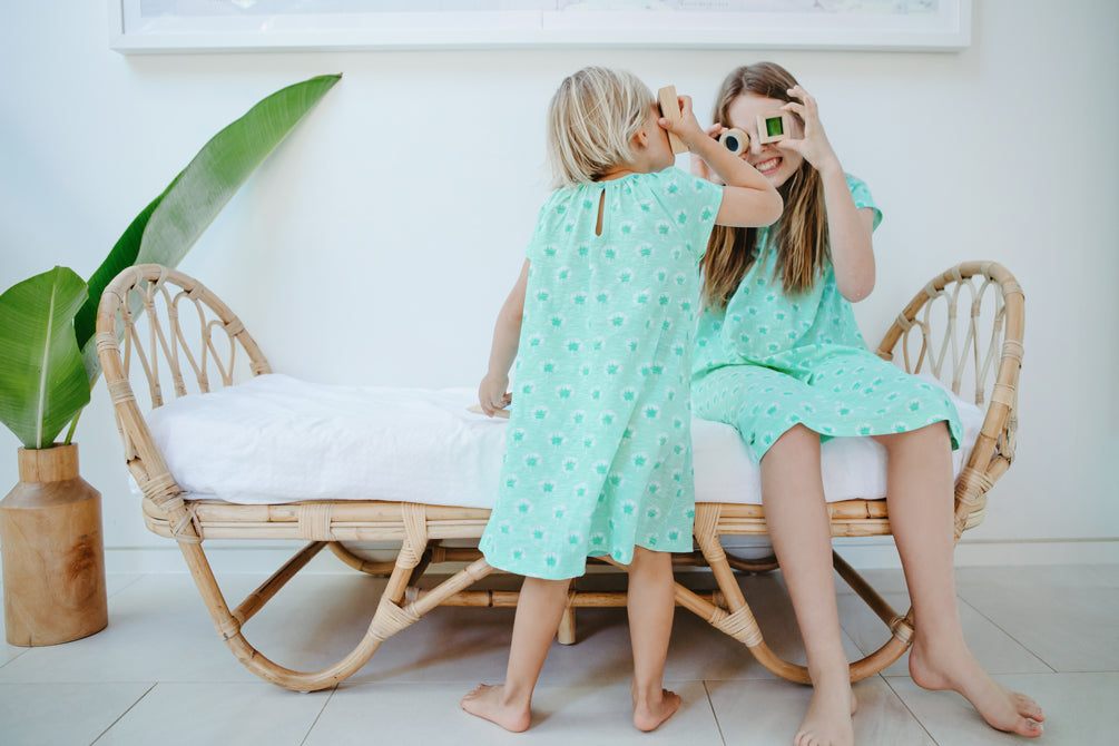 GOTS-Certified Organic Cotton Girls Nightie - Dandelions in Mint