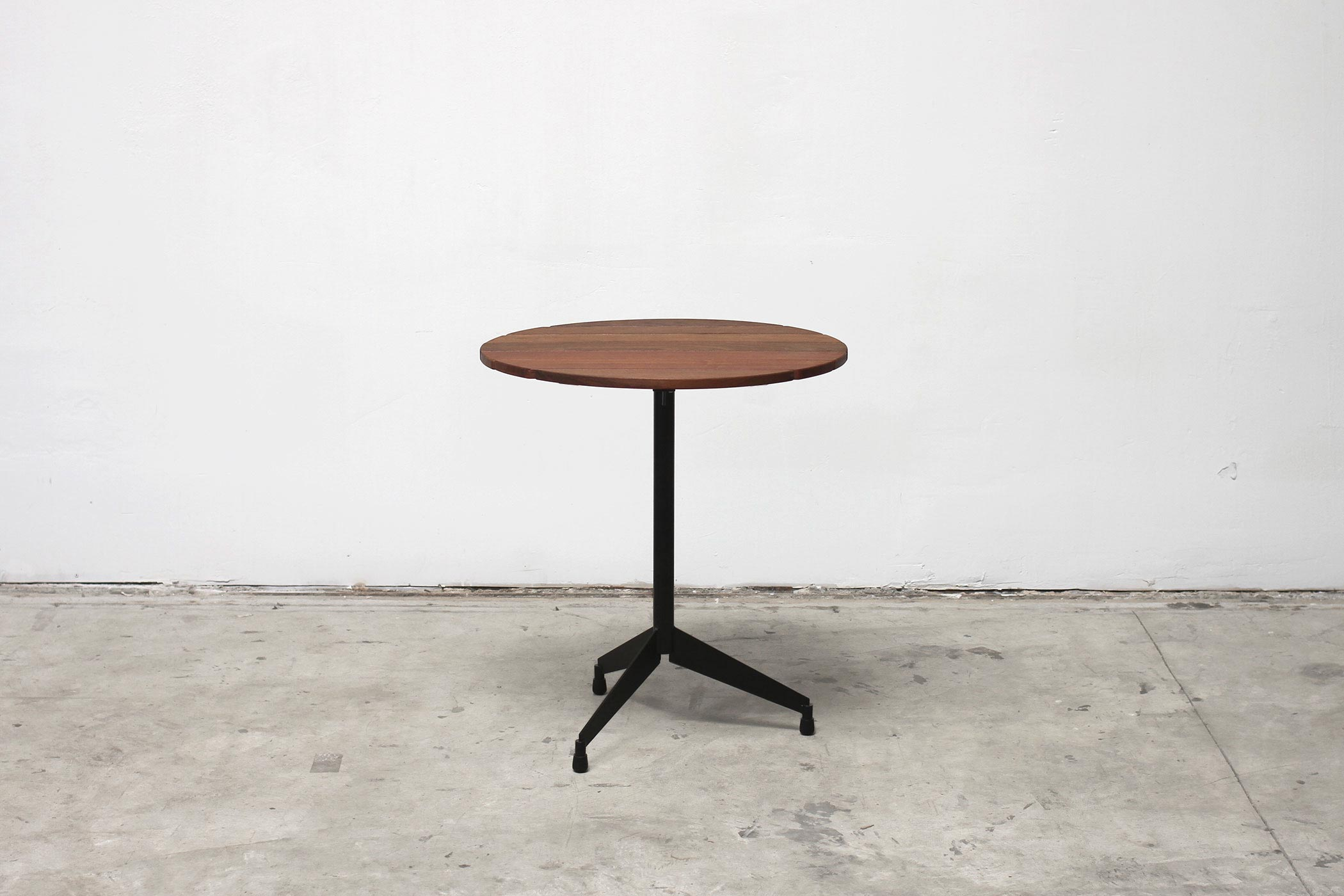 RAD Furniture's Slatted Wood Round Cafe Table