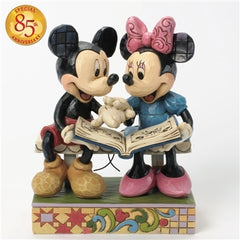 Jim Shore - Mickie & Minnie 85th Anniversary Special Edition 'Sharing Memories' (Disney Traditions Figurine)