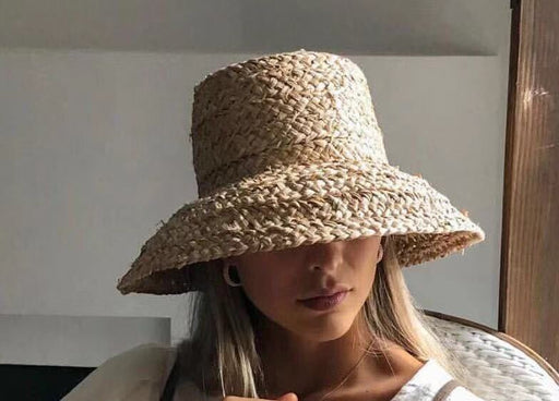 01904-HH7330  Handmade raffia weaving Hepburn style  Lampshade shape lady flat bucket  hat Outdoor women holiday beach  cap