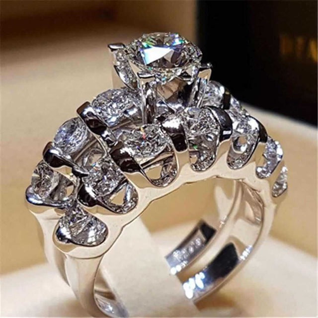 Boho Female Crystal White Round Ring Set Brand Luxury Promise Silver Engagement Ring Vintage Bridal Wedding Rings for Women