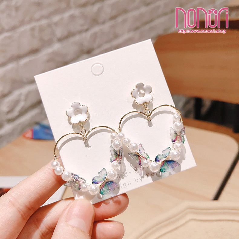 花と蝶の出会いピアスアクセ アクセサリー/The encounter of flowers and butterflies Earrings accessories