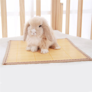 Cooling mat for Rabbits.