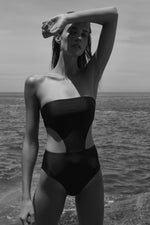 Solid Maite One Piece