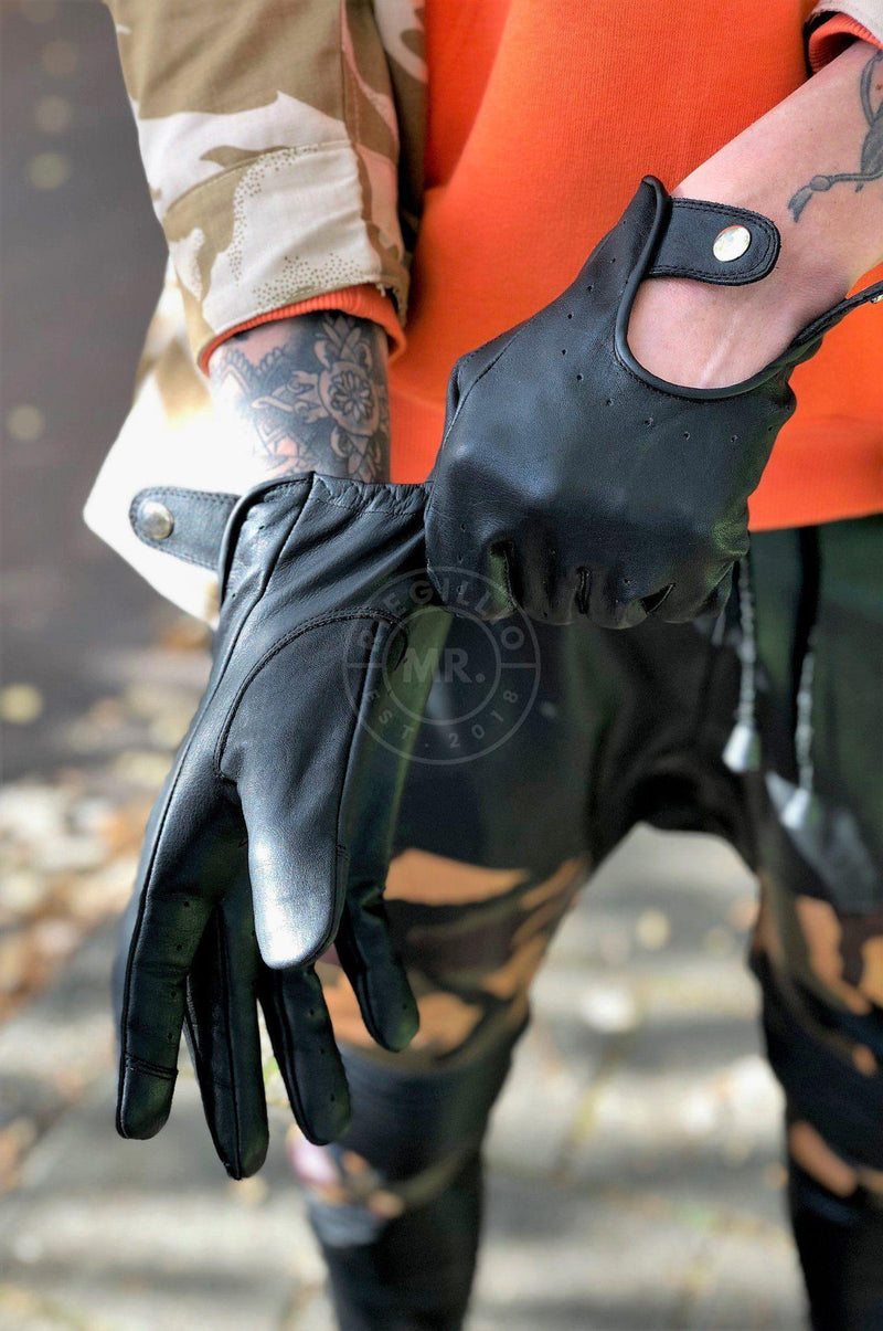 Leather driving glove black gloves Mr Riegillio