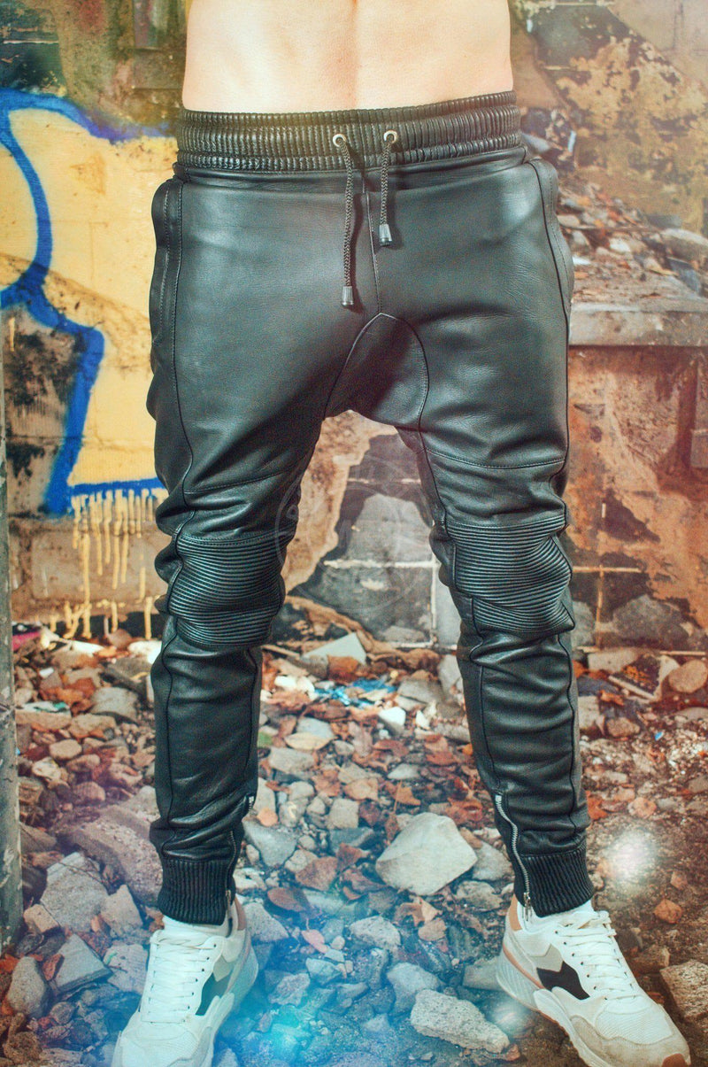 Black leather jogger Pants Mr Riegillio